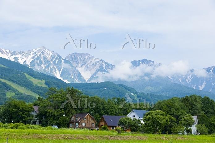 長野県 白馬村と白馬連峰