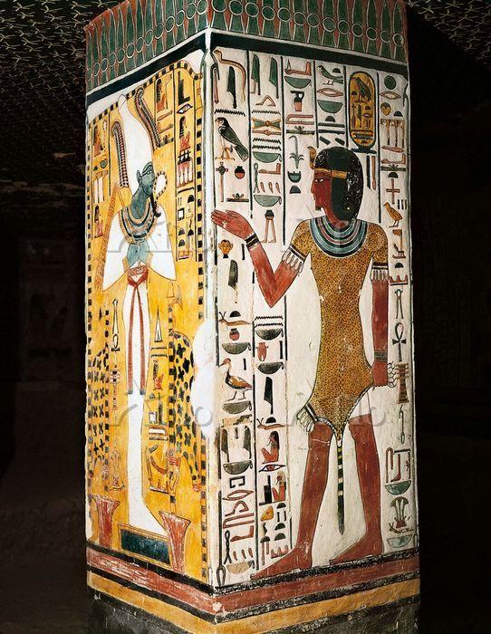 エジプト ネフェルタリの墓