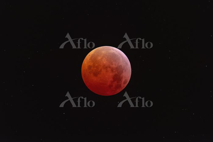 Total lunar eclipse at totalit・・・