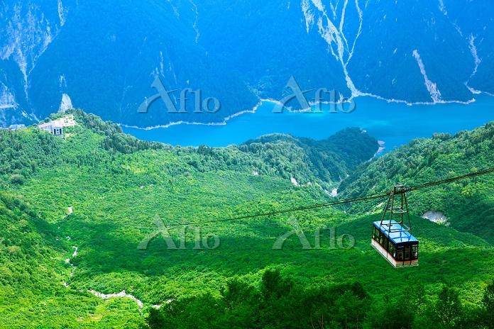 富山県 立山ロープウェイ 黒部湖 後立山連峰