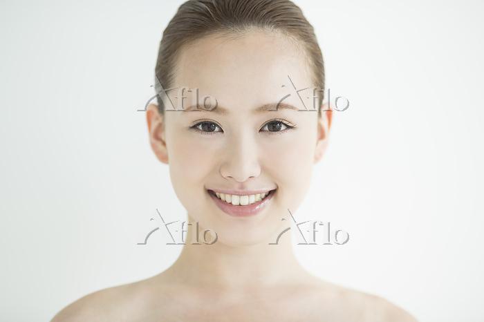 ビューティー 日本人の若い女性