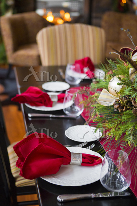 Christmas table and centerpiec・・・