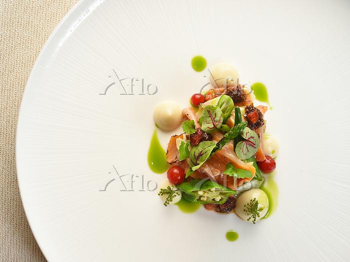 赤貝と夏野菜のサラダ仕立て フェンネルの香り