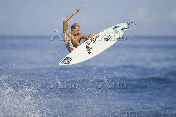 Flynn Novack surfing at Rocky ・・・