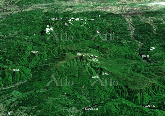 月山とその周辺の山々 日本百名山 東北