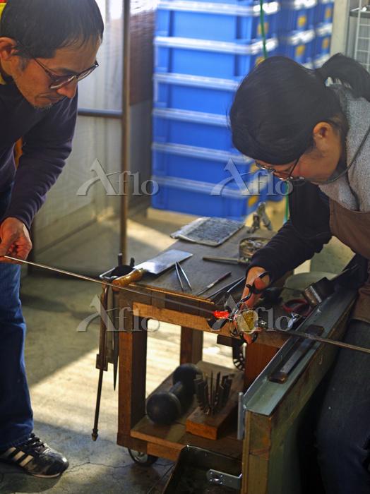 ガラス工芸作家の夫婦