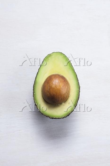 An avocado cut in half. Avocad・・・