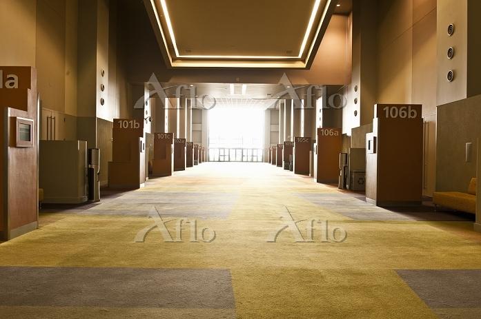 施設の廊下