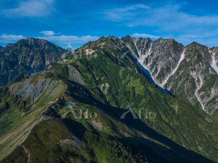 北アルプス 唐松岳からの白馬連山と八方池 長野県