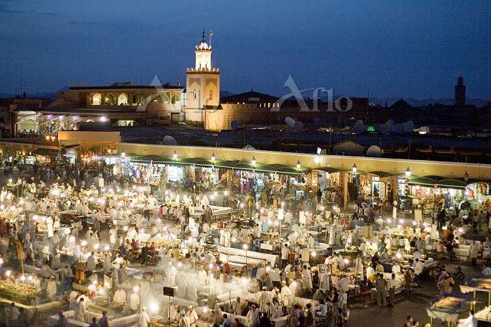 モロッコ マラケシュ ジャマ・エル・フナ広場