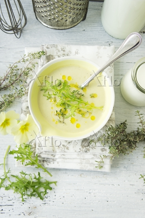 Cream of asparagus soup with r・・・
