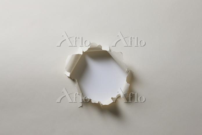 穴の開いた紙