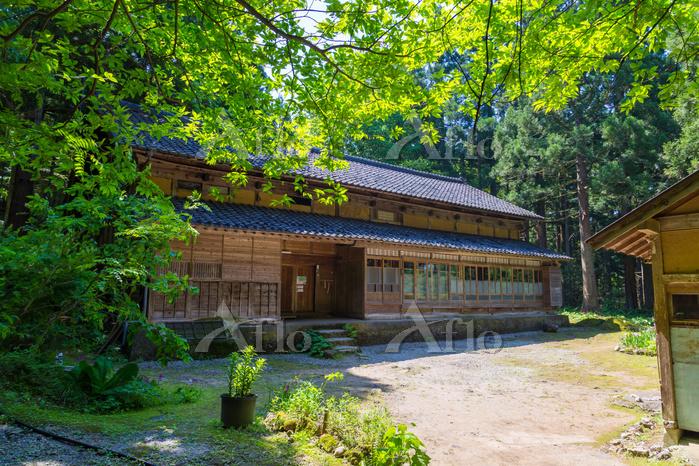 富山県 おおかみこどもの花の家