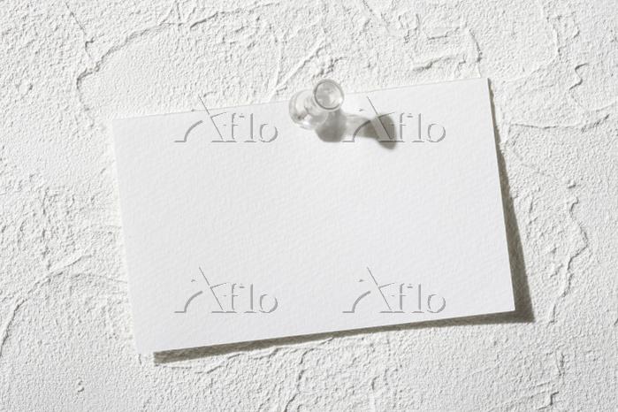 壁とメモ紙