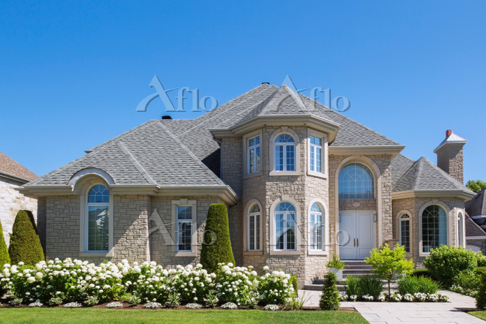 Facade of luxurious house in b・・・