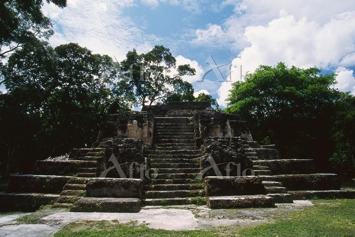 グアテマラ ワシャクトゥン E7sub神殿