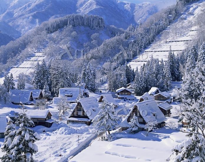 富山県 相倉合掌造り集落、五箇山、雪景色