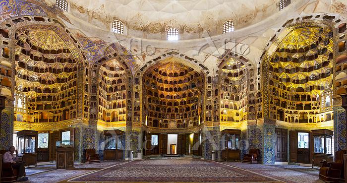 イラン シャイフ・サフィー・アッディーン廟