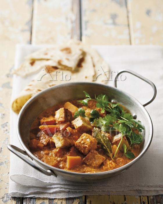 Tofu and pumpkin curry