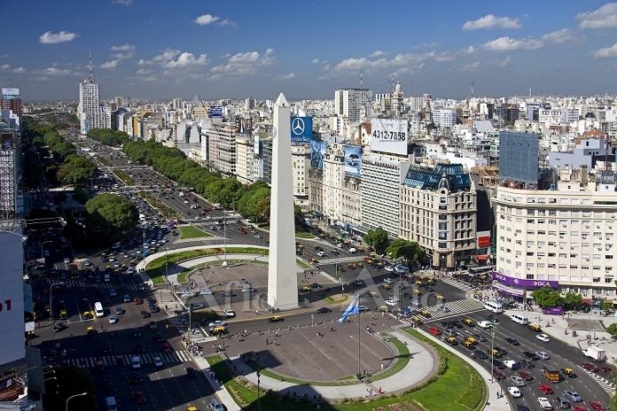 ブエノスアイレス 7月9日通り(Avenida 9 de J・・・