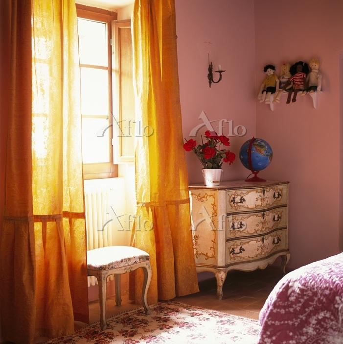 Children's bedroom detail in s・・・