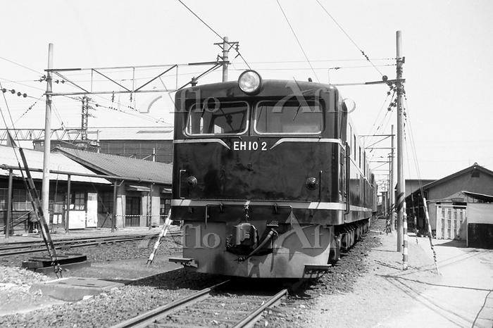 大阪府 東海道本線 吹田機関区のEH10 2号機