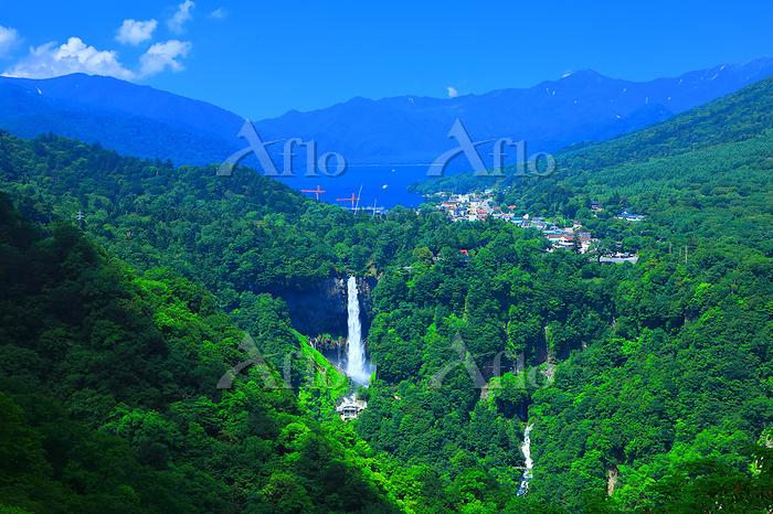 栃木県 夏の奥日光 明智平展望台から華厳の滝と中禅寺湖