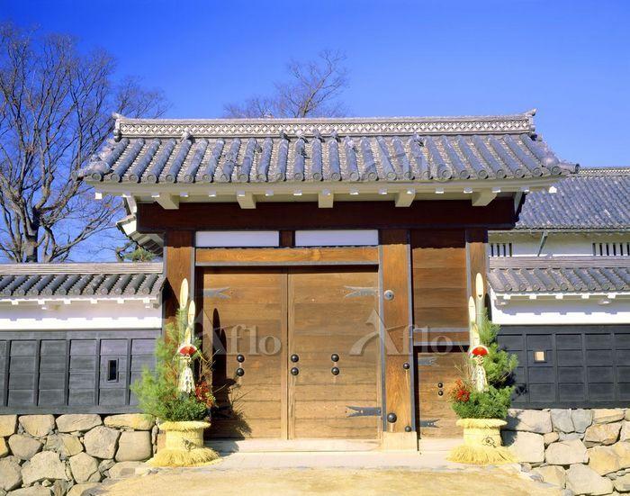 松本城 門松と黒門