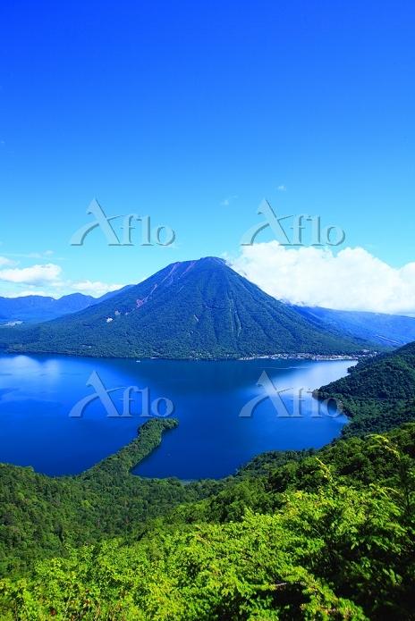 栃木県 半月山より中禅寺湖
