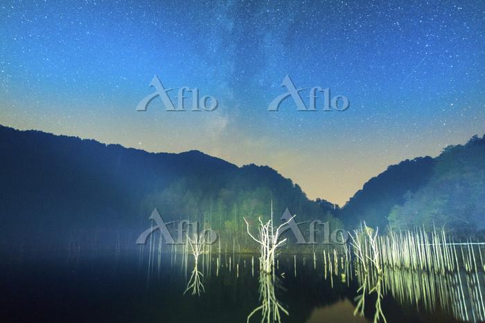 長野県 星空の自然湖