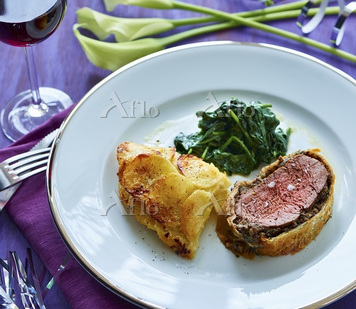 Fillet Wellington with a warm ・・・