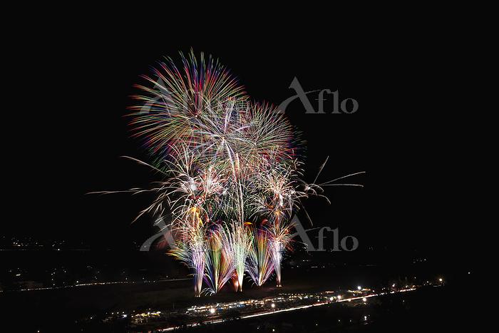 山梨県 夏の武田の里まつり花火大会 特別プログラム『つなぐ』