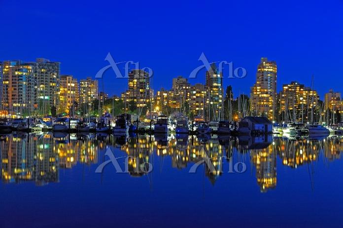 カナダ 夕暮れのバンクーバー