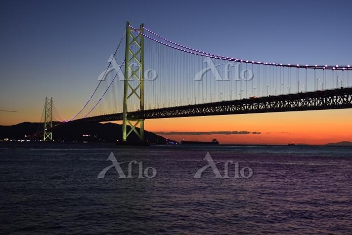 明石 舞子公園 落日の明石海峡大橋