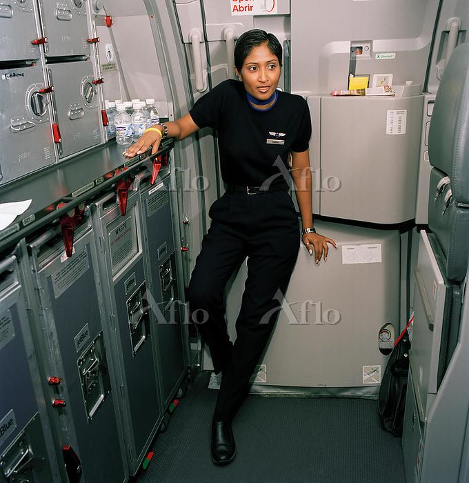 Flight Attendant Takes Break O・・・