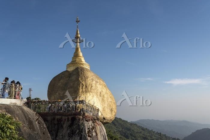 Kyaiktiyo Pagoda, Golden Rock ・・・