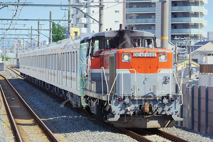 大阪府 DE10による甲種輸送