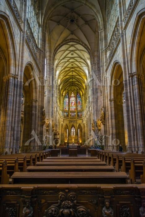 Chancel, apse, Gothic St. Vitu・・・