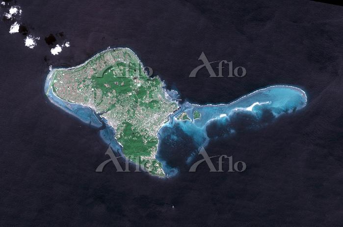 衛星画像 久米島、はての浜