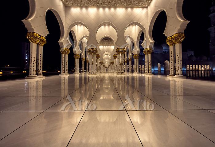 Sheikh Zayed Mosque, Abu Dhabi・・・