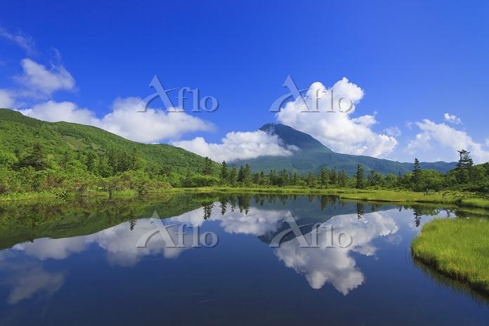 北海道 三の沼と羅臼岳