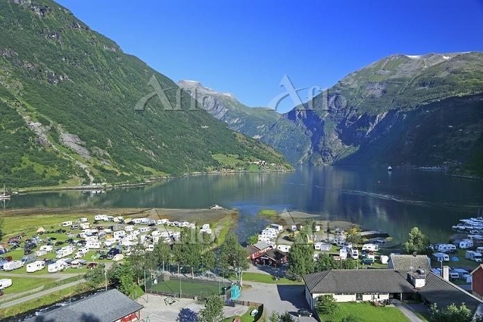 ノルウェー ガイランゲルフィヨルドとガイランゲル