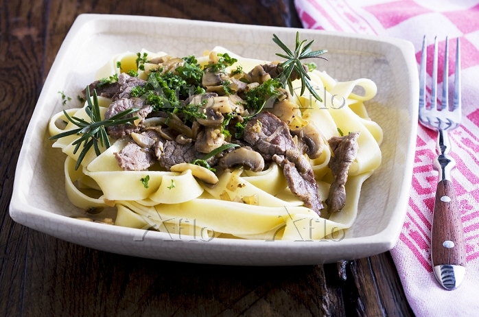 Tagliatelle with beef and mush・・・