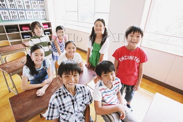 小学校の日本人の子供達