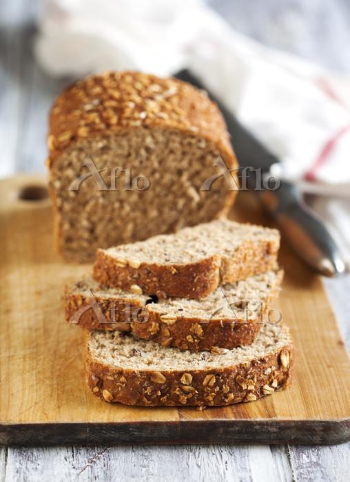 Whole Grain Bread, Photo by An・・・