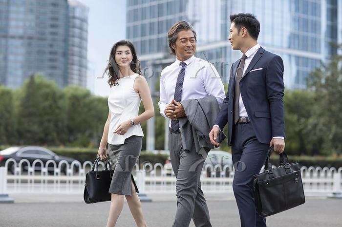 Successful Chinese business pe・・・