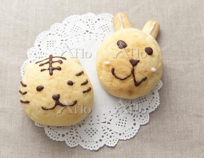 トラとウサギのパン