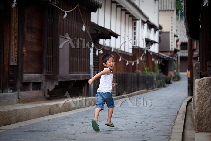 鞆の浦の子供