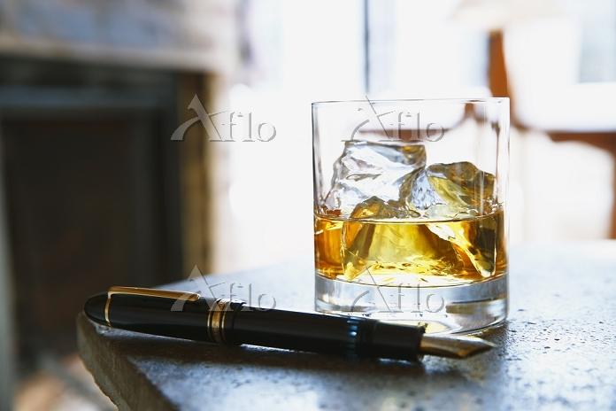 ウイスキーと万年筆