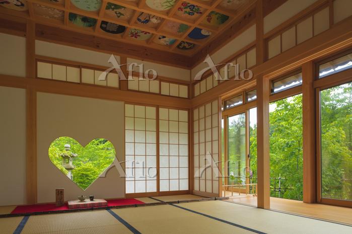 京都府 正寿院のハートの窓